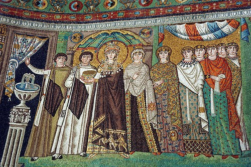 Mosaici Chiesa San Vitale a Ravenna VI secolo d.C. - L'imperatrice Teodora e la sua corte.