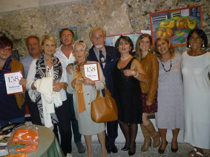 Al centro lautore Enzo Landolfi, alla sua destra Milva Carrozza e le coautrici Raissa Pergola e Milena Carducci