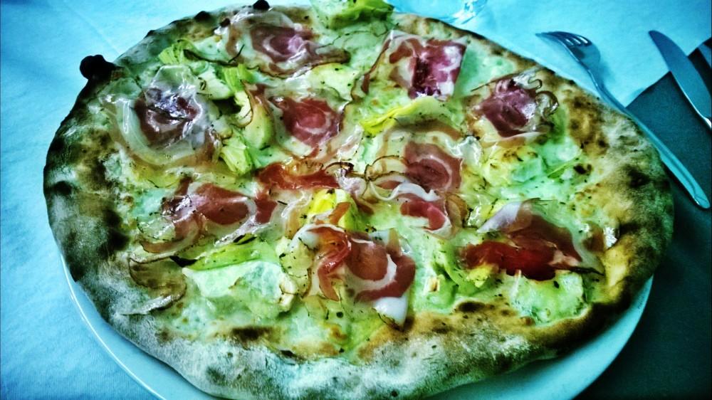 pizza lo straniero