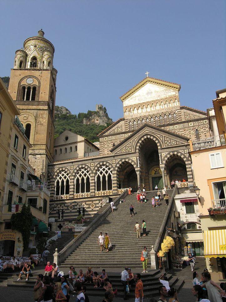Amalfi Piazza del_Duomo