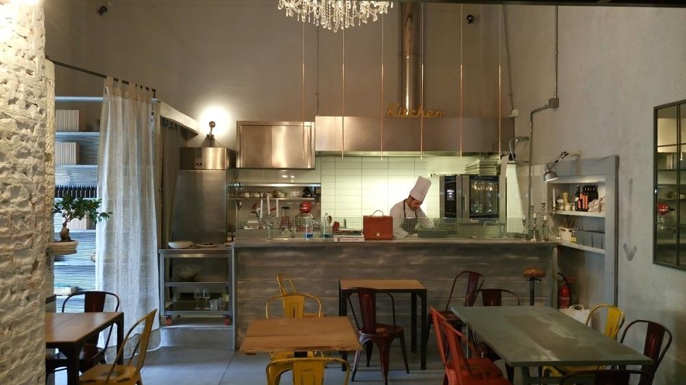 vista-cucina-su-sala-deposit0